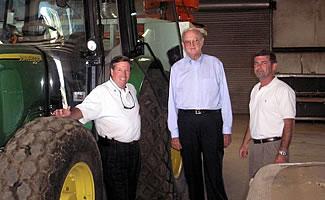 Agriculture Commissioner Tommy Irvin Visits Phillip Jennings Turf Farms